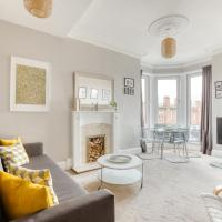 Bright West End Glasgow Apartment