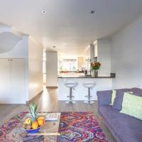 Fabulous Family Home in Fulham W/Parking & AC