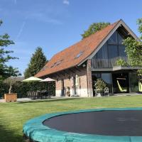 Luxurious Holiday Home in Zwevegem with Sauna