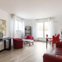 Bright flat with terrace in St Denis, 2 min from Stade de France - Welkeys
