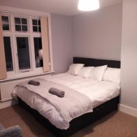 DOUBLE/TWIN ROOM ON HIGH STREET