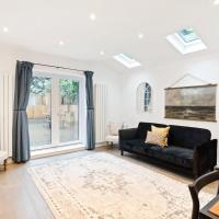 Newly-Renovated 2Bed Apt in Clapham Jtn w/Patio