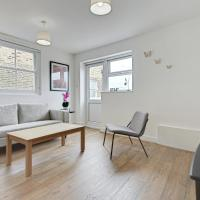 Stunning 2 Bed Apt w/Rooftop Terrace nr Clapham