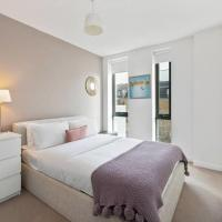 Chic 2Bed East London Flat w/Private Balcony