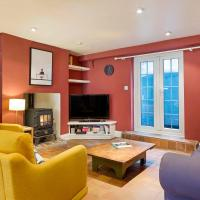 Stunning 3 Bed House w/Patio near Old Street