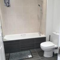 Cozy Single Bedroom w/Shared Bath in Barking