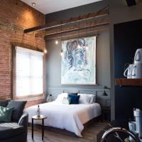 48 King West