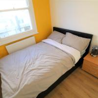 Compact Room In Russell Square