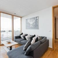 IFSC Quiet, Luxurious apartment with Balcony View SPE981