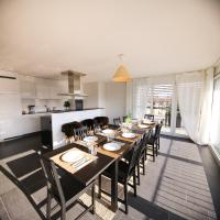 Spacious Penthouse Apartment in Zurich City [3BR] incl. parking
