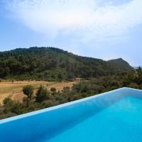 Margaz Villa Sleeps 6 Pool Air Con WiFi