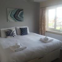 Newbiggin's Home from Home with Seaview