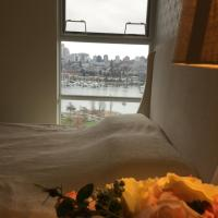 5 Star luxury park & waterfront private room in heart of yaletown