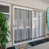 Lido Beach Hideaway – Walk to Bay or Beach!