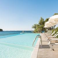 Crvena Luka Resort