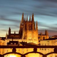 Preciosa Vivienda con Vistas a la Catedral