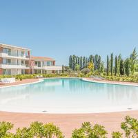 Beautiful apartment in Jesolo w/ Outdoor swimming pool and 2 Bedrooms