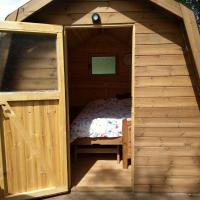 Rum Bridge Pet Friendly Glamping Pod