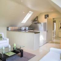 Charming, Central.Two Bedroom Flat