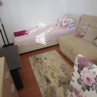 Apartments two bedrooms near sea&PortoMont