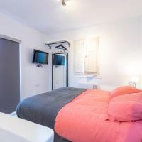 Habitación independiente-Junto a IFEMA y AEROPUERTOA