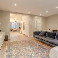 Beautiful 4 Bedroom London Riverside House