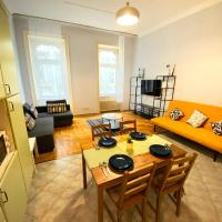Central HolloGem Apartment ✰ 3 BR