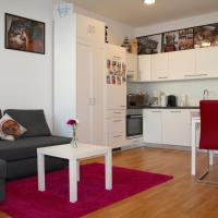 Trendy Danube Apartment - Close to UN