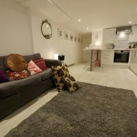 Cosy, Modern One-Bed in Shoreham