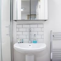 Serviced room close to the water front! (Room 3)