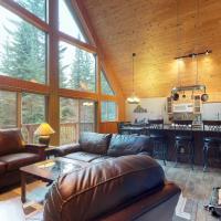 Conifer Estate with Bonus Suite