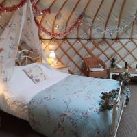 Gingerbread Cottage Yurts