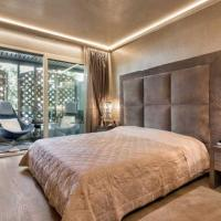 Luxury Club Dolmany utca