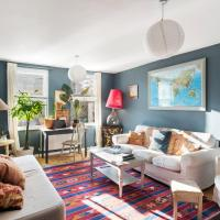 Beautiful Three Bed House with Terrace, Sleeps 6 in Dalston