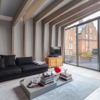 Shoreditch flat for 4 by GuestReady