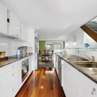 Modern Brisbane City Penthouse