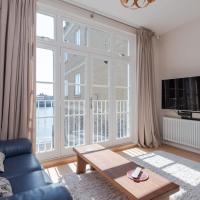Riverside 4BR apartment near Canary Wharf by GuestReady