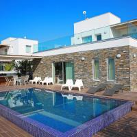 The Luxury Papadakis Villa