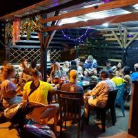 Bobi's Cafe & Lodge hostel Cenang beach