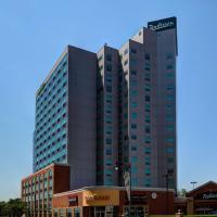 ラディソン ホテル & スイーツ フォールズビュー、ナイアガラ・フォールズのホテル