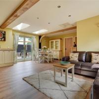 Peaceful Cottage in Reepham with Terrace