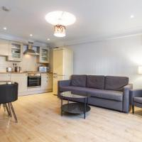 3-Bed, 3-Floor House in Balham near Clapham for 6 people