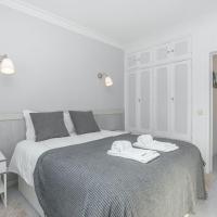 Bright Valadim Apartment