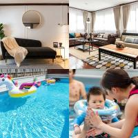 pool villa 4BR350m Subway Train Market,JJ Market