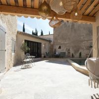 Maison de village provencal avec piscine