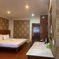 Hotel Easy Crystal