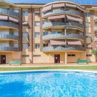 Lloret de Mar Apartment Sleeps 6 with Pool and WiFi