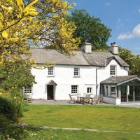 Troutbeck Villa Sleeps 10 with WiFi