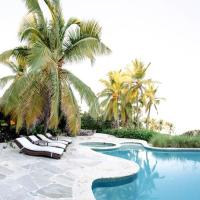Cabo Engano Villa Sleeps 8 with Pool Air Con and WiFi