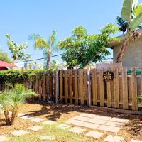 Adorable Quirky Hideaway BIG Private Enclosed Yard